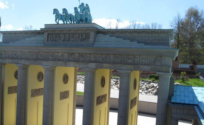 Brama Brandenburska makieta zbliżenie