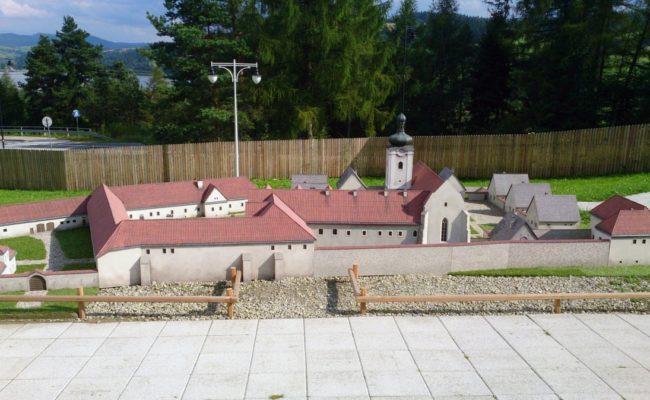 Miniatura Czerwonego Klasztoru Słowacja