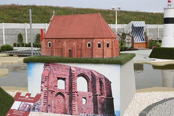 Kościół w Trzęsaczu rekonstrukcja