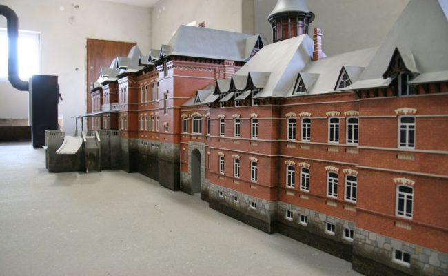 makieta pałacu Carskiego z Białowieży