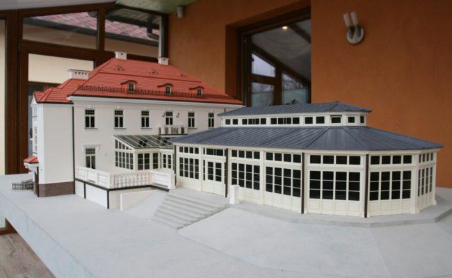 Oranżeria Pałacu w Tłokinii w miniaturze