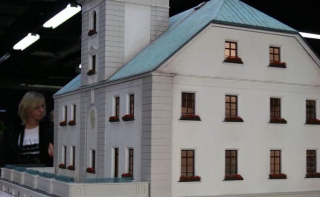 Ratusz w Gliwicach – makieta w aranżacji Kolejkowo wersja 1