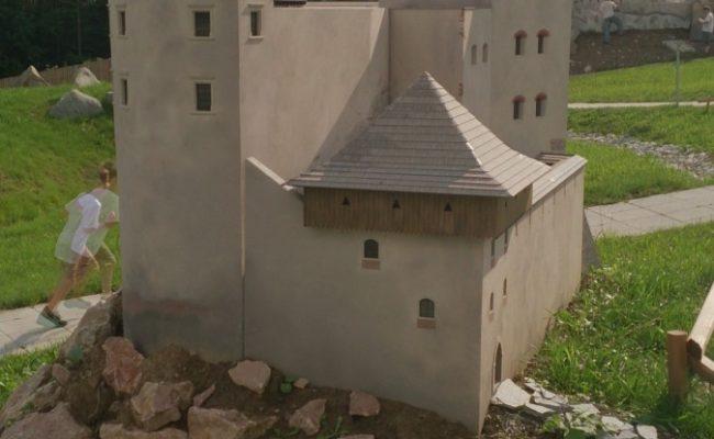 Zamek Czorsztyn makieta