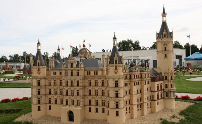 Zamek Schwerin makieta etap 1