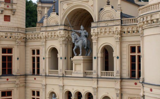 detal architektoniczny makiety zamku Schwerin