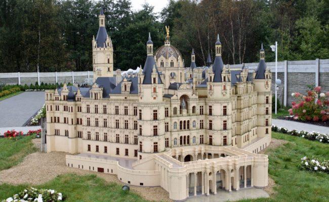 Zamek Schwerin makieta etap 2