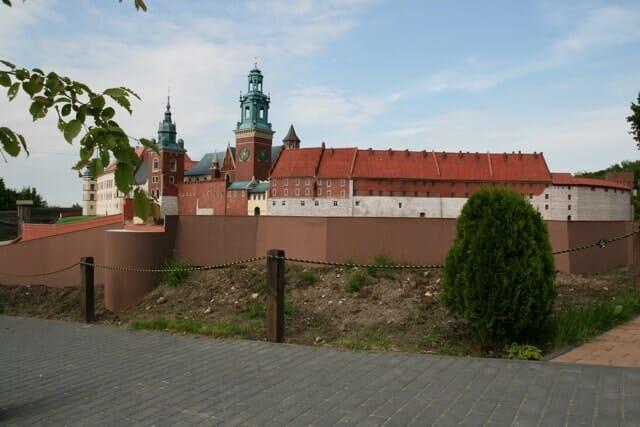 montaż makiety wzgórze Wawelskie (17)